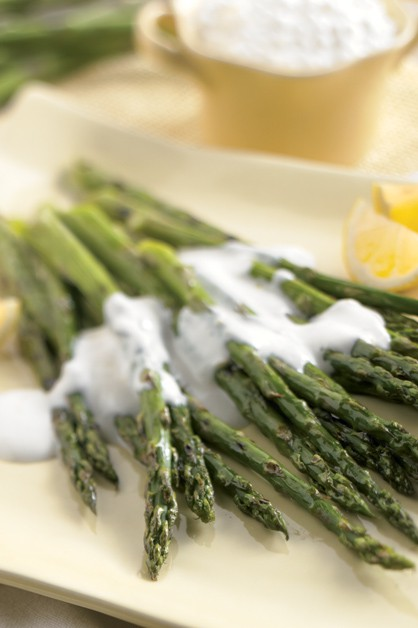 Grilled Asparagus with Light Lemon Sauce - Daisy Brand ...