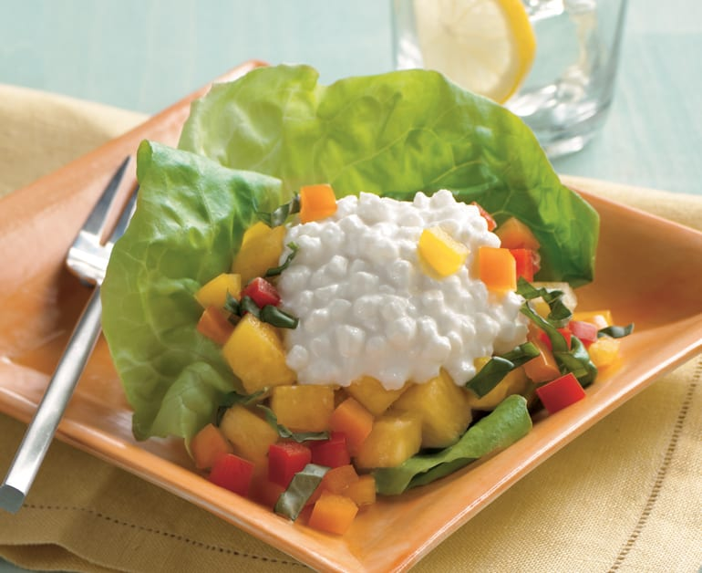 pineapple pepper and cheese salad