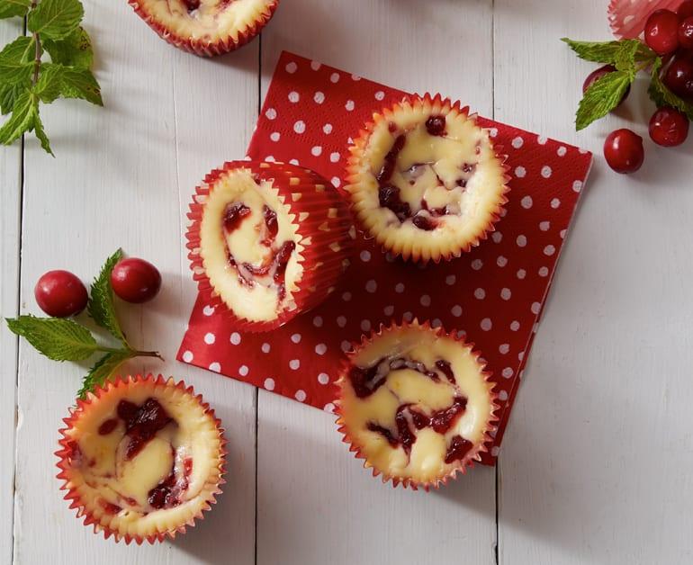 Cranberry cheesecake tarts