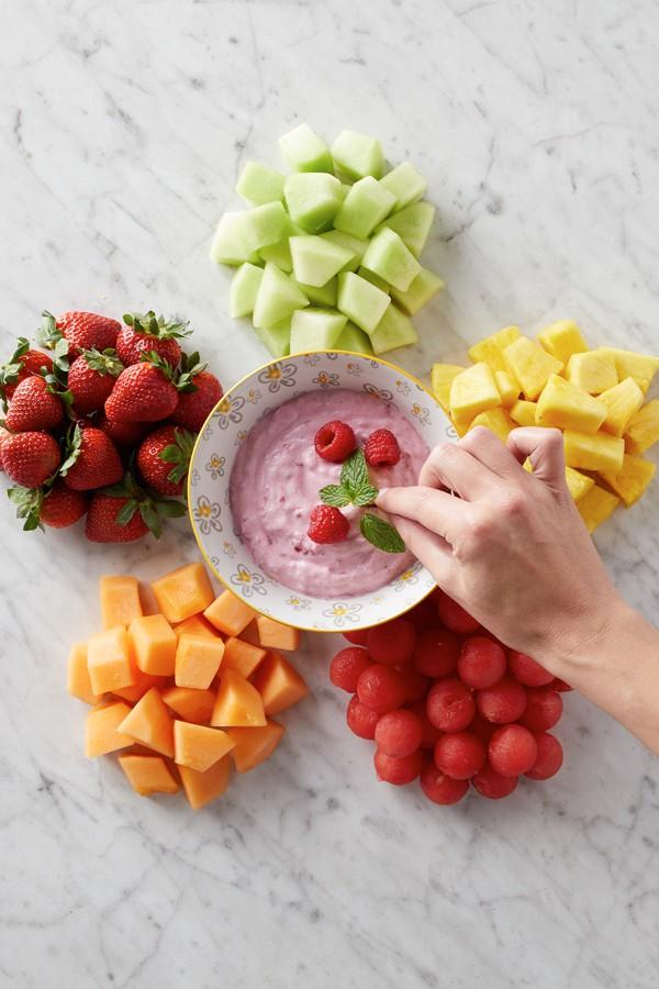 Creamy Raspberry Fruit Dip