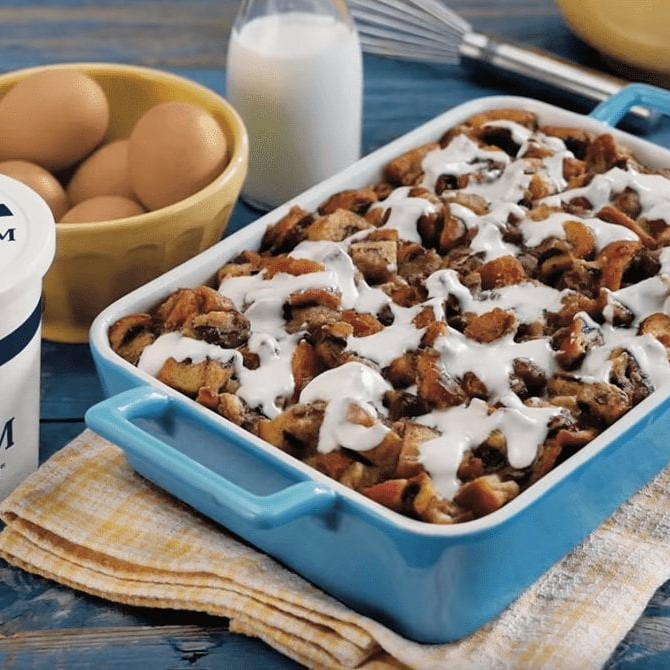 Frosted Cinnamon Roll Bake